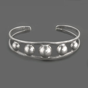 Vintage Mexican sterling silver split band Casquillas bead cuff bracelet. brvs970