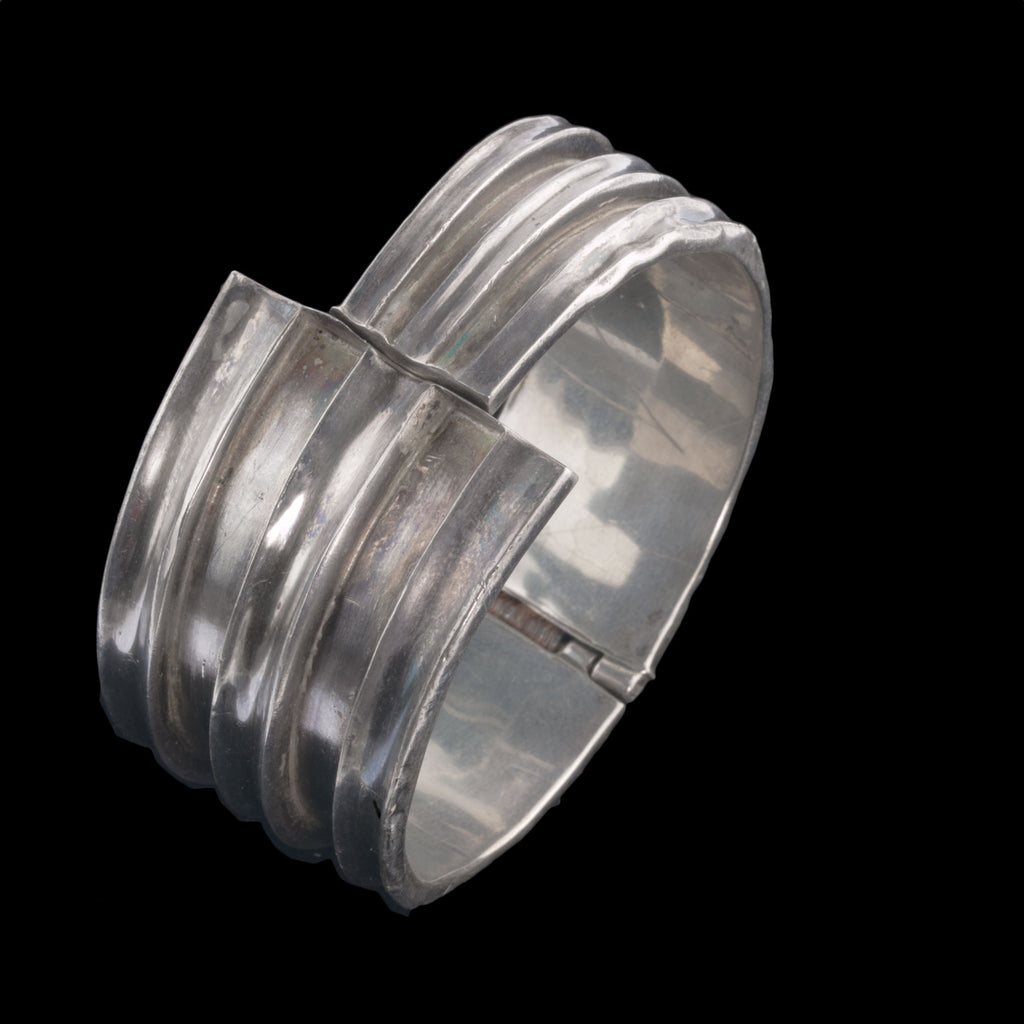 Vintage sterling F. Balladares Taxco Mexico wide hinged clamper modernist scuptural cuff bracelet. 1940s.  brvs975