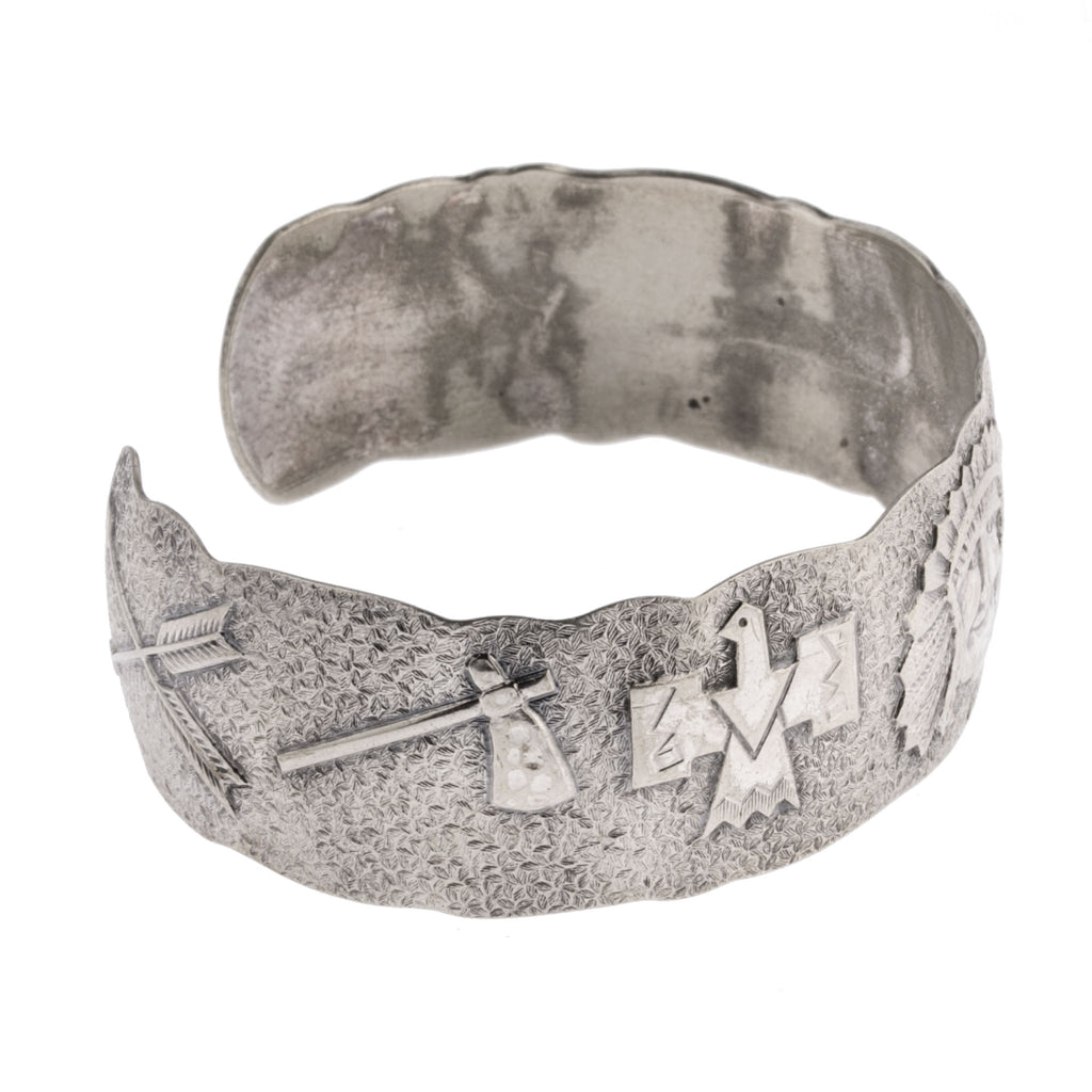 1940s Fred Harvey-style Navajo stamped coin silver cuff bracelet. brvs979cs