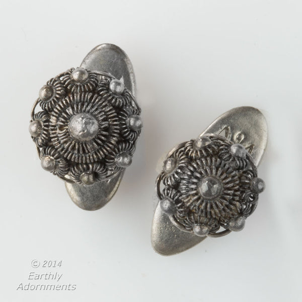 Vintage middle east filigree and granulated silver cufflinks. btvs104(e)