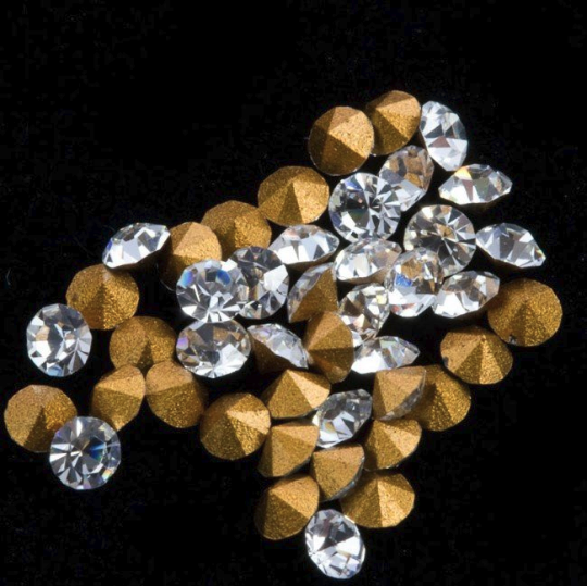 Vintage Swarovski pointed back foiled rhinestone, 16pp (2.15mm) package of 5. b5-738-3