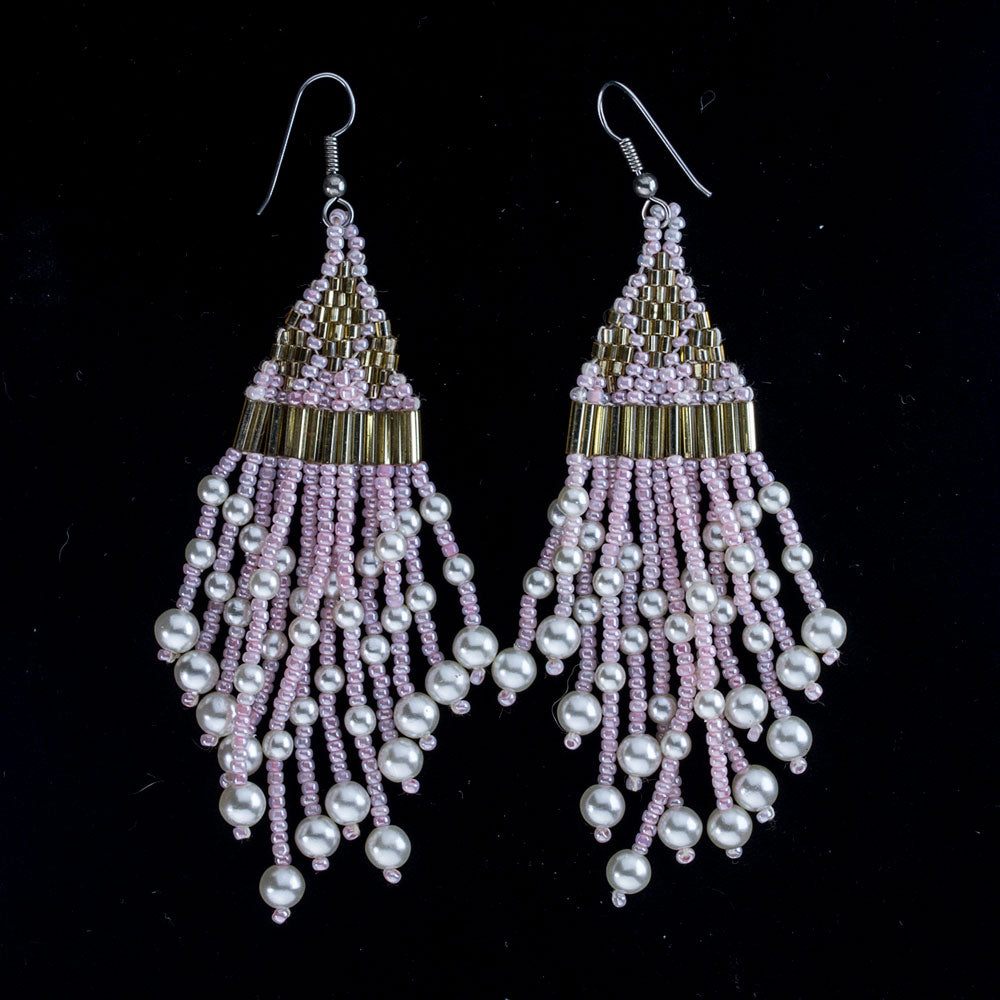 Vintage 1970's handmade beaded earrings with gold glass bugles, pink seed beads and glass pearls. erbg851