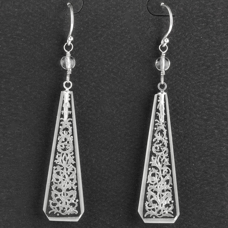 Vintage Art Deco Bohemian etched glass drop earrings. erbg862