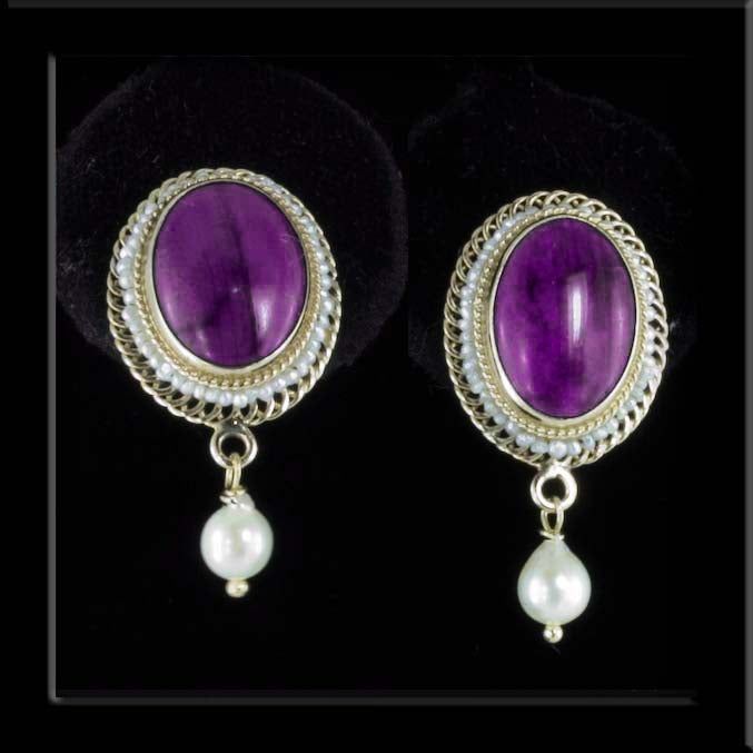 Sugalite and Pearl Ear Rings in 14kt Yellow Gold. erfn111e
