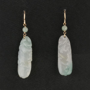 Vintage carved pale green Jadeite drop earrings. erja908