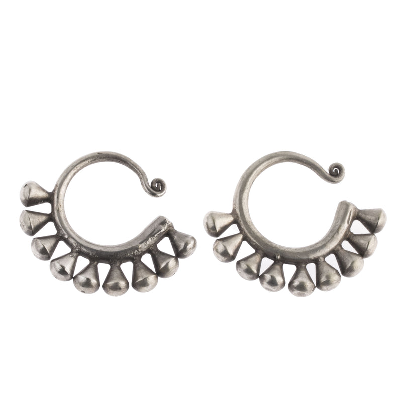 Chinese hill tribe Dong Minority Tribe handmade earrings. Silver alloy. eror488cs
