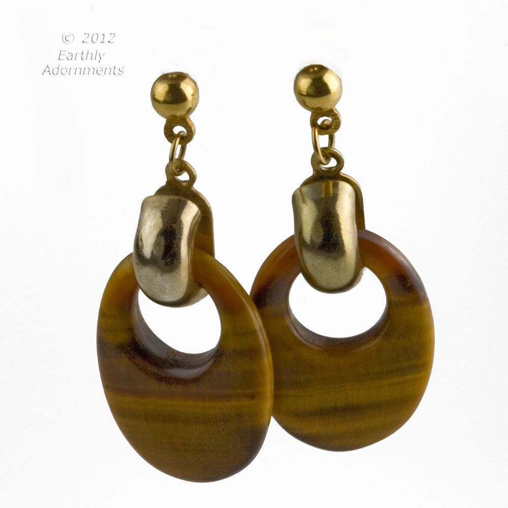 Vintage carved tiger eye agate hoop earrings. 1970's. Ervn913