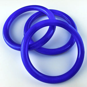 b6-189-1960s vintage blue Lucite rings 48mm pkg of 2