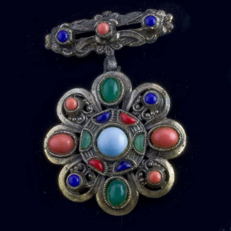 Vintage Little Nemo multicolor glass stone pendant pin. pncs838