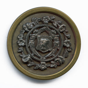 Antique stamped brass large picture button. 1.5 inches. btvc272