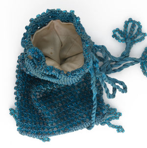 Vintage crocheted beaded drawstring handbag. HBAD97