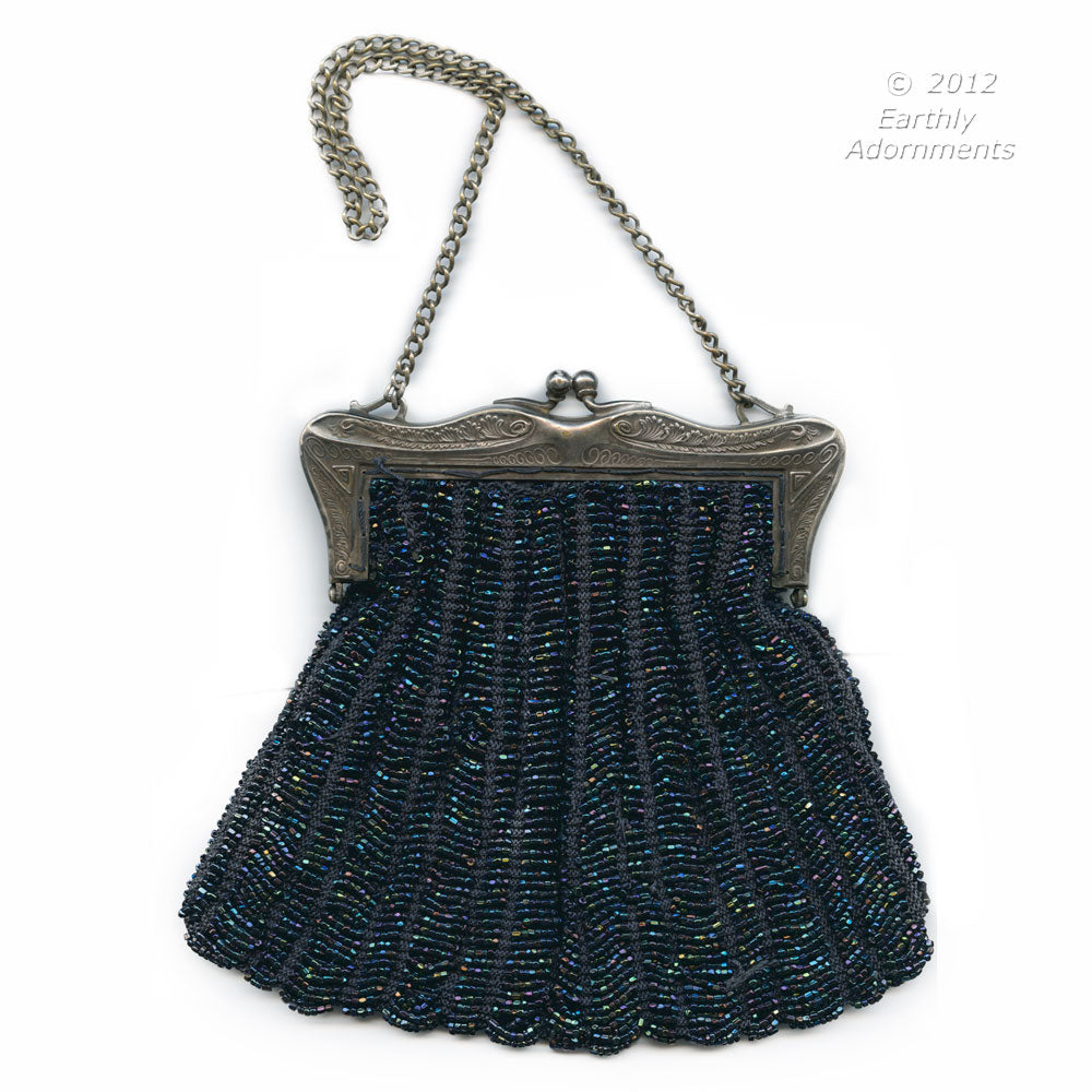 Antique Edwardian knitted beaded bag with silver frame.  hbed104