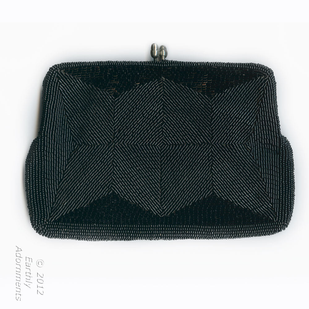 Vintage mid-century Sharonee black beaded evening bag. hbvn714