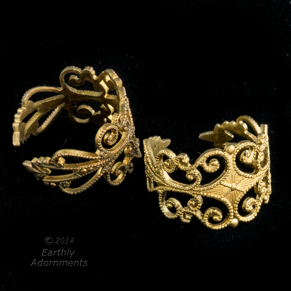 Vintage brass stamped filigree ring shank. 15mm wide the the top. Sold individually. b9-2309(e)