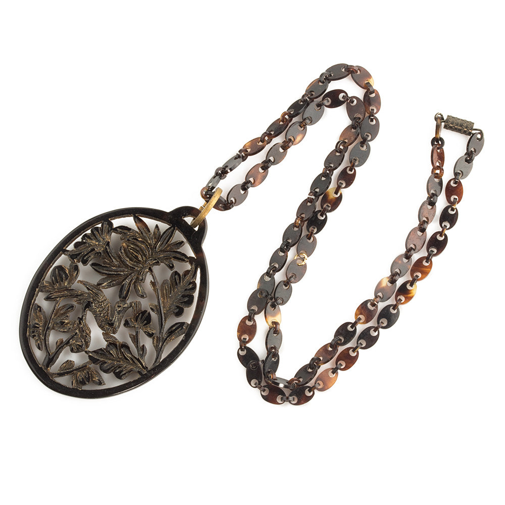 nlvn850-Vintage carved openwork tortoise shell pendant on a tortoise shell link chain