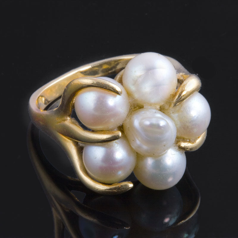 Artisan ring with cultured pearls and 14k yellow gold size 5.5. rgfn160
