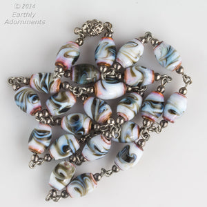 nlbd1128(e)-Vintage Venetian lampwork art glass bead necklace.