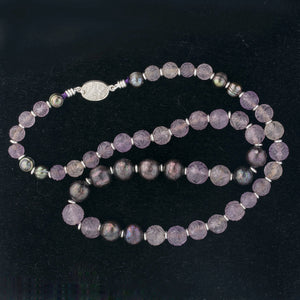 Vintage carved amethyst flower bead and faceted black pearl necklace. nlbd1263