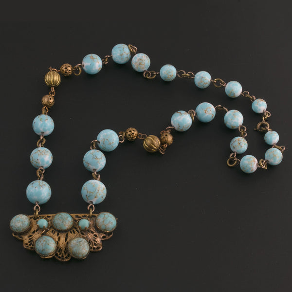 Art Deco Hubbel style glass and brass filigree necklace. Czechoslovakia. nlbg2140(e)
