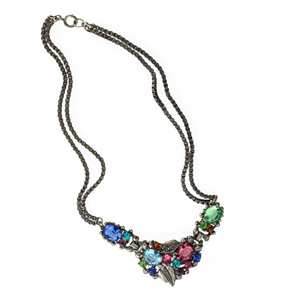1930's-40's multicolored glass stone necklace. nlcs828(e)