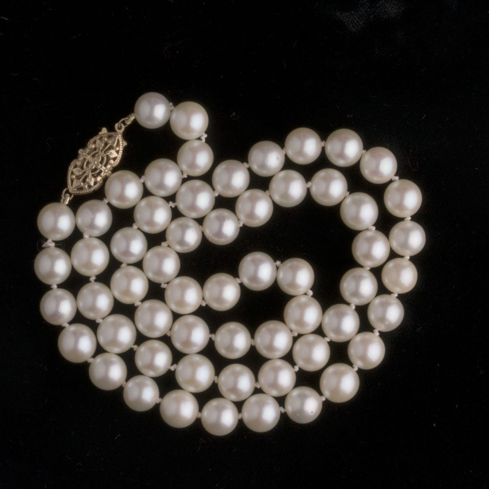 Round golden Japanese Akoya pearl estate necklace 8mm beads 21.5 inches. nlfn117e