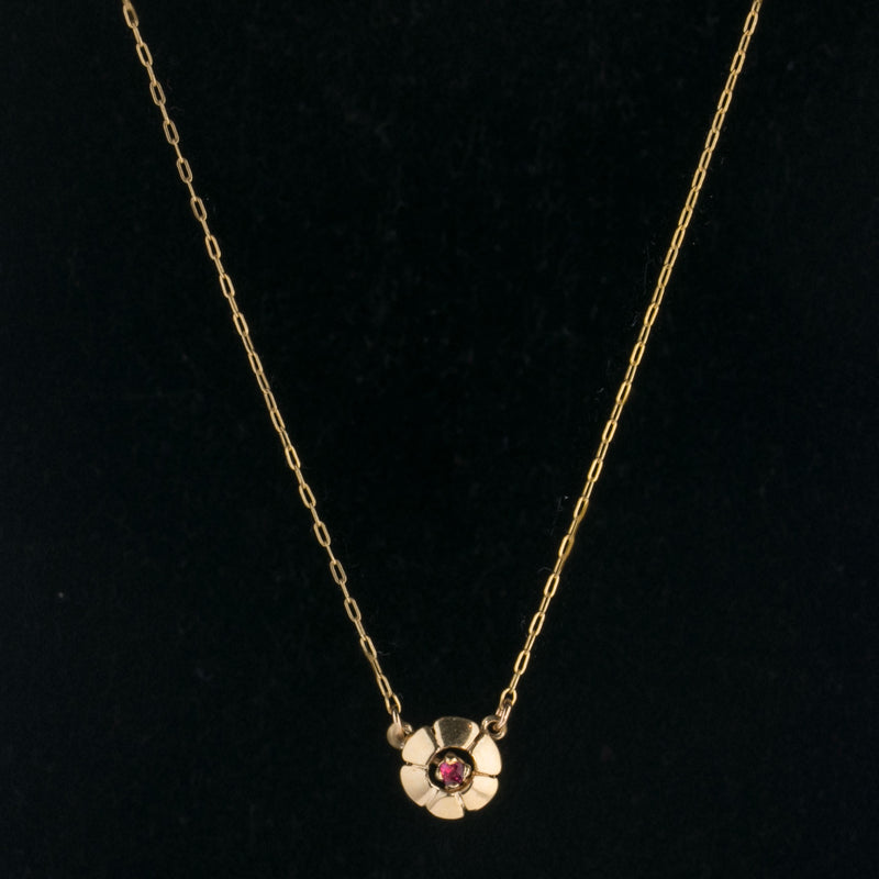 Vintage 14k gold fine chain necklace with ruby and gold flower link. nlvn121