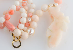 Vintage natural angelskin coral and Akoya pearl bead necklace with carved coral flower pendant nlja904