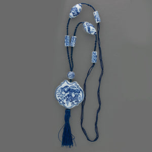 Vintage Chinese blue and white porcelain and knotted cord necklace. nlor824(e)