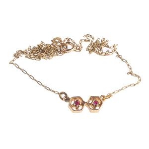 Vintage 14k gold fine chain necklace with ruby and gold double pentagon link. nlvn123