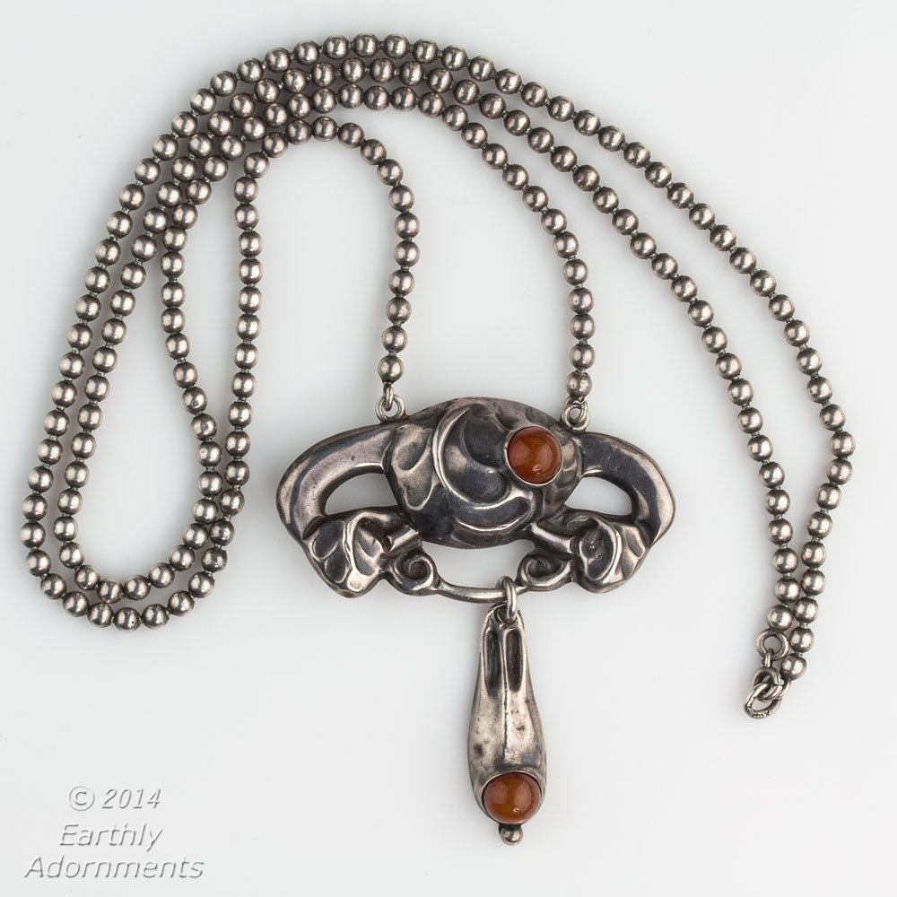 nlvs746DG(e)-Antique Art Nouveau Scandinavian 830 silver and carnelian pendant necklace signed