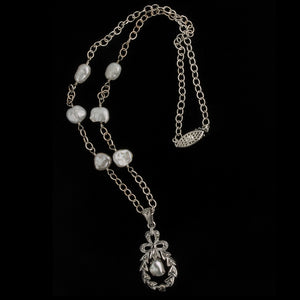 Vintage silver, marcasite and freshwater pearl pendant necklace. nlvs751