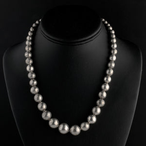 Vintage 1940s Taxco Mexico sterling silver pearls graduated necklace. nlvs765