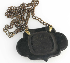 Vintage 1940s carved bakelite and wood cactus pendant and brass chain. pdbk104(e)