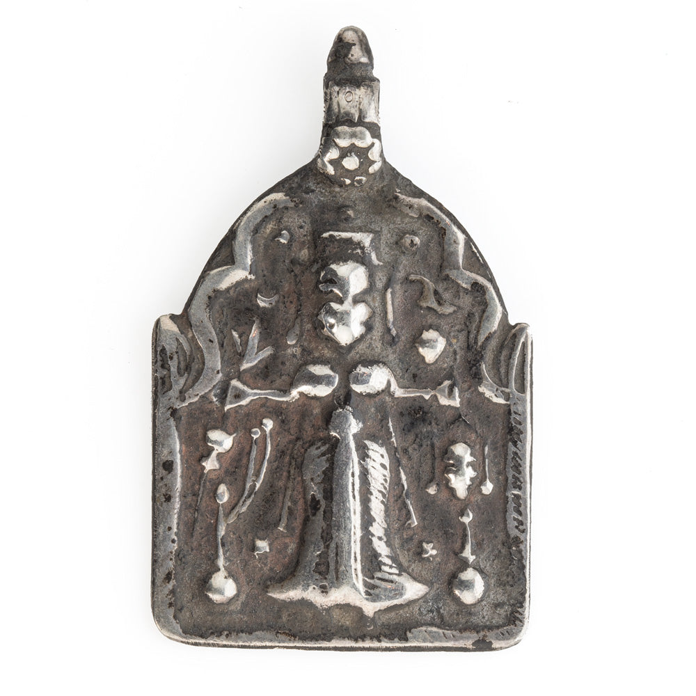 Antique silver Hindu amulet pendant depicting the diety Hanuman. pdet104cs