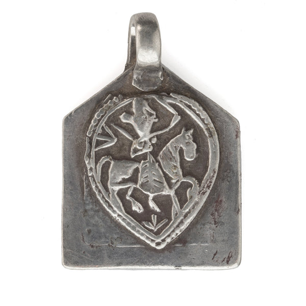 Antique silver Hindu amulet pendant depicting warrior hero Bhumiya Raj. pdet109cs(e)