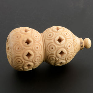 Rare19th century carved pierced bone double gourd Japan pdiv854(e)