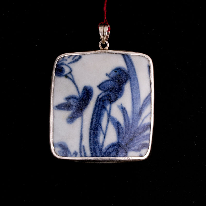 Antique Chinese blue and white porcelain shard pendant genuine Ming Dynasty. pdor431lc