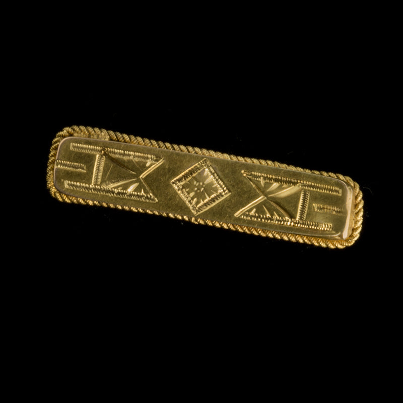 Small Victorian gold plated over silver bar pin. pdvc465e