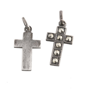 PDVS505-Sterling silver & marcasite cross. 7/8""