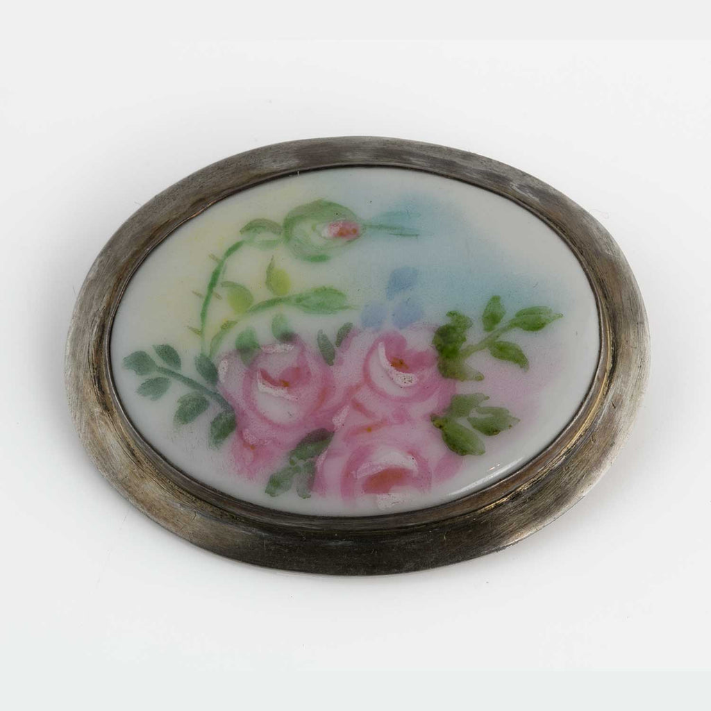 Edwardian Hand-Painted Porcelain Pin. pned67e