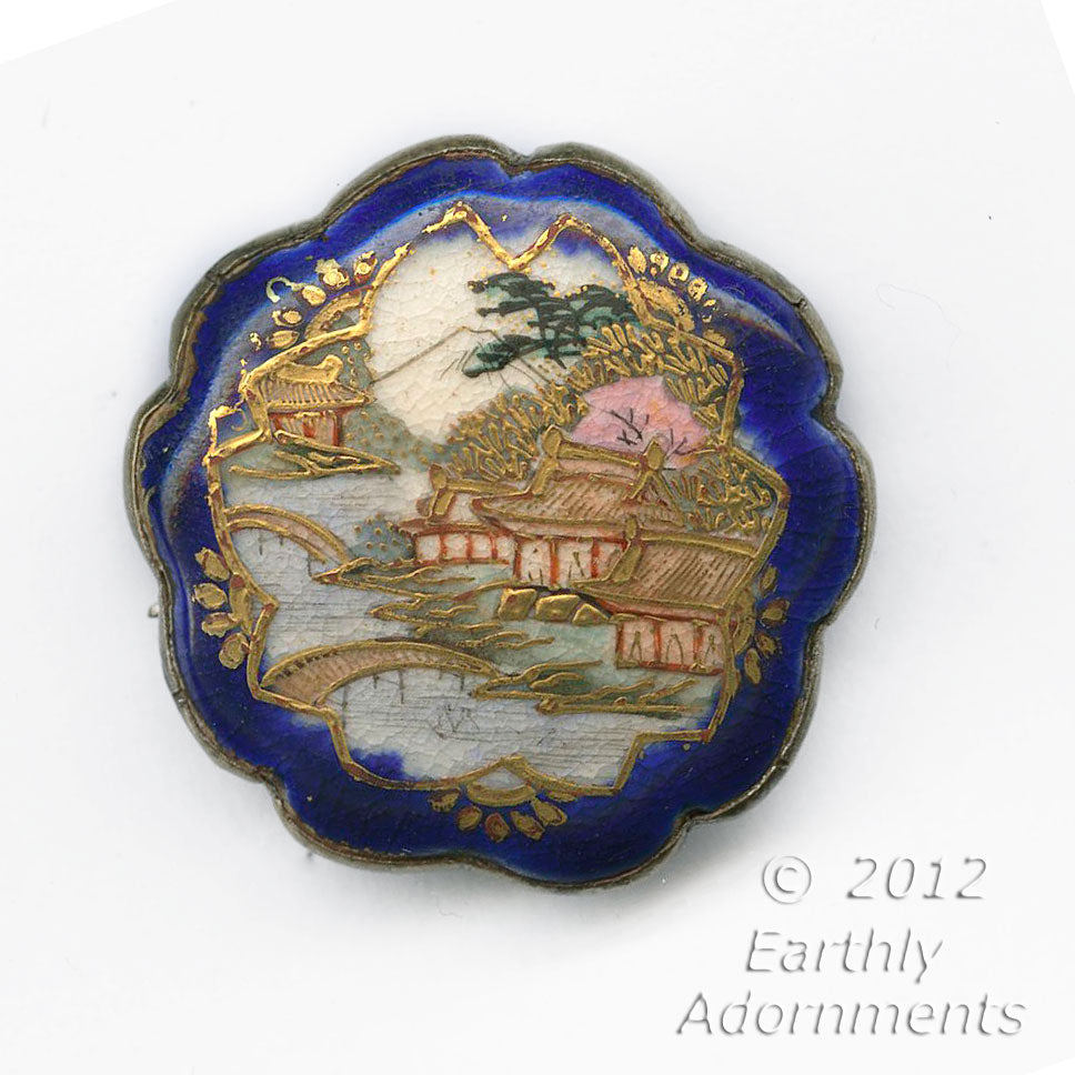 Antique Japanese Satsuma brooch with silver back. pnor655