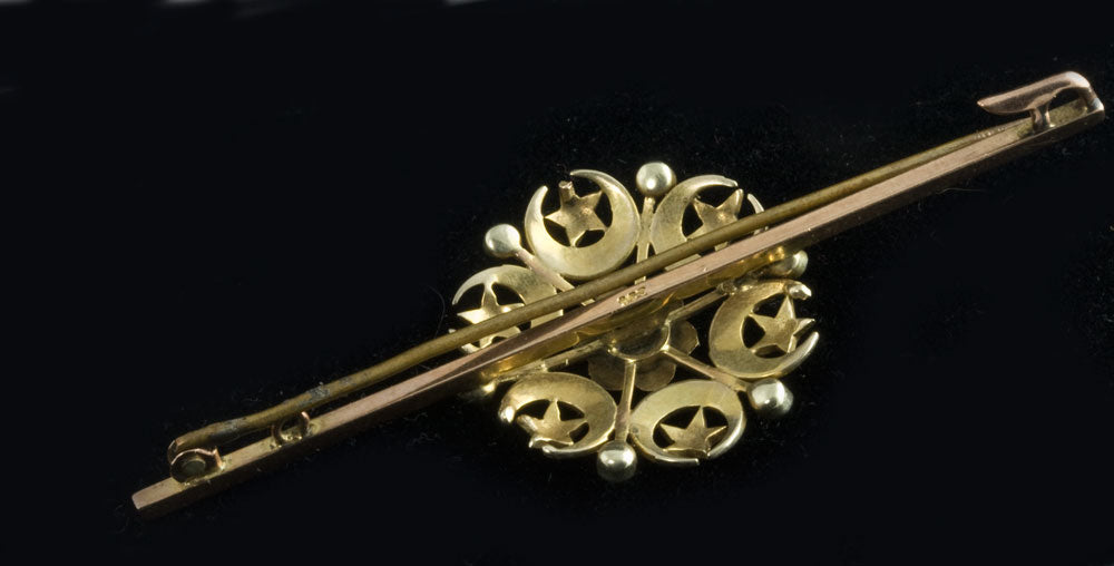 pnvc1048(e)-Victorian 9ct yellow and rose gold pearl pin