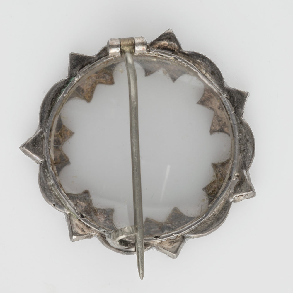 Georgian mourning brooch with seed pearl frame. pnvc1069e