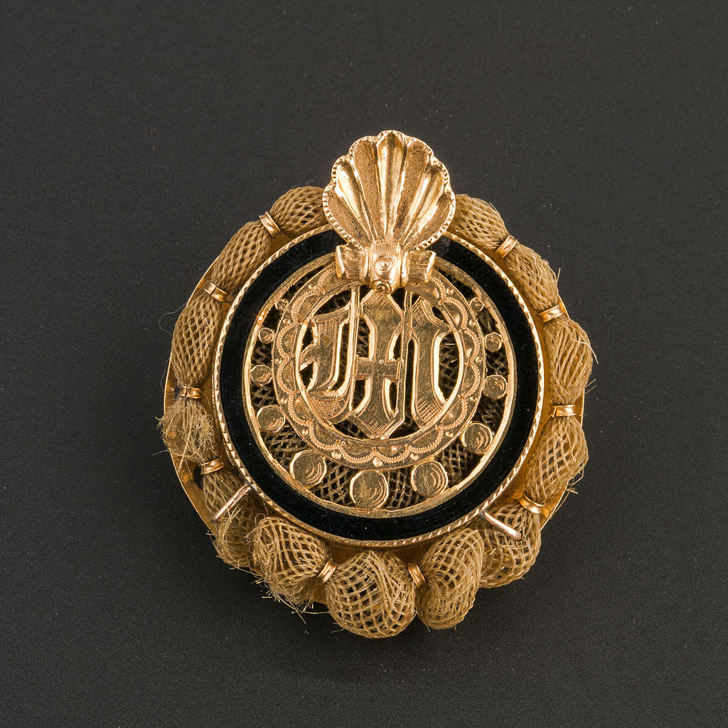 Antique Victorian Woven Hair and 14k gold memorial brooch. pnvc656