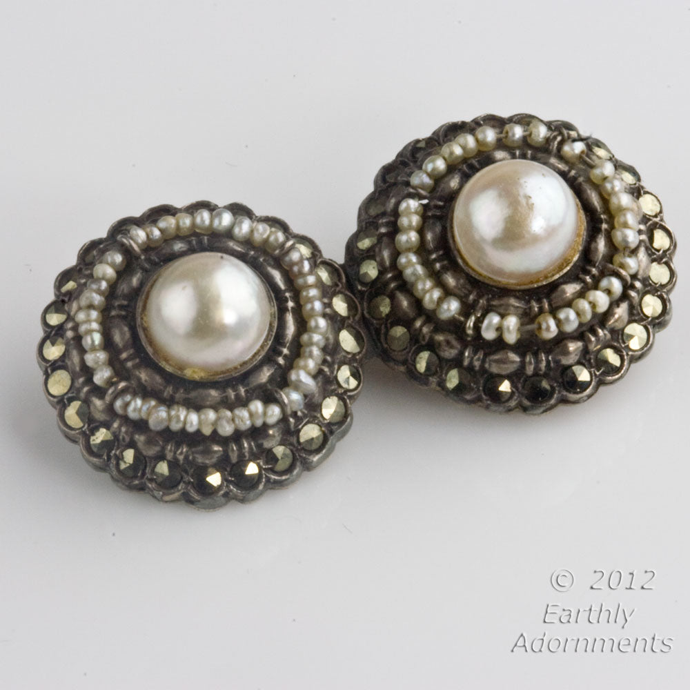 Vintage Silver metal brooch glass pearls and marcasites. pnvn804