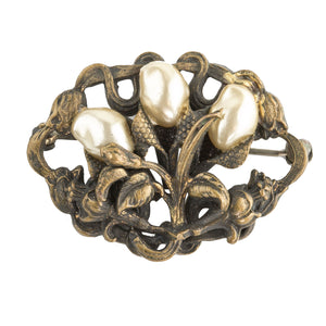 1930s petite gilt stamped brass and glass pearl blossom floral brooch. Czechoslovakia.  pnvn827