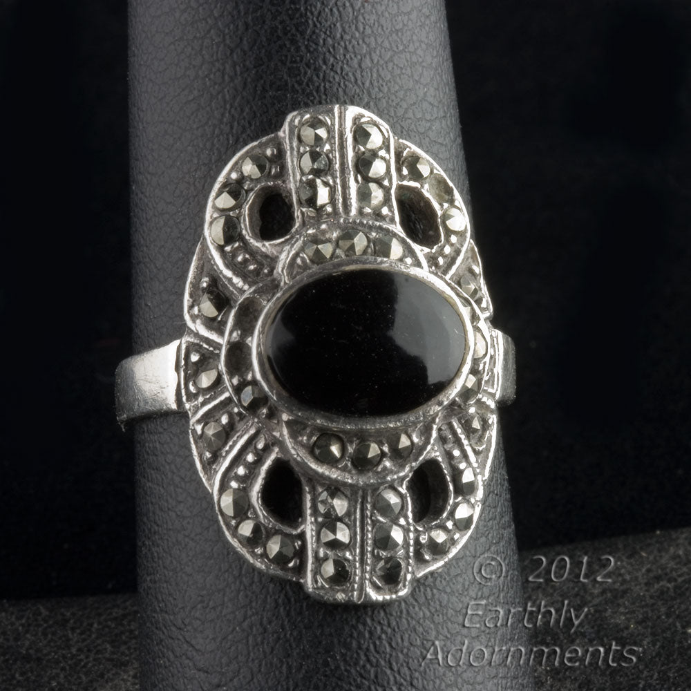 Art Deco sterling silver, marcasite and onyx ring. rgad140