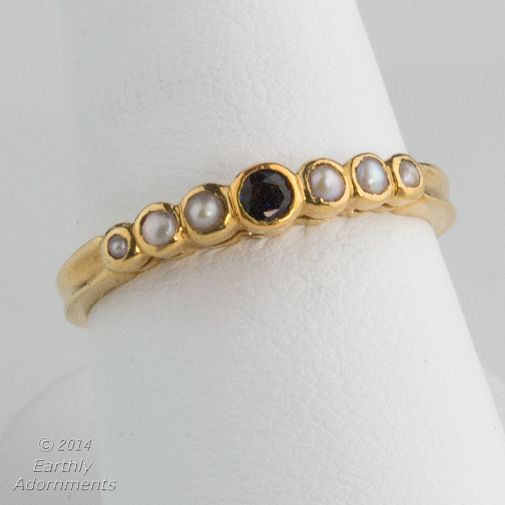 19k sapphire and pearl bezel set ring. size6.5. rgfn174