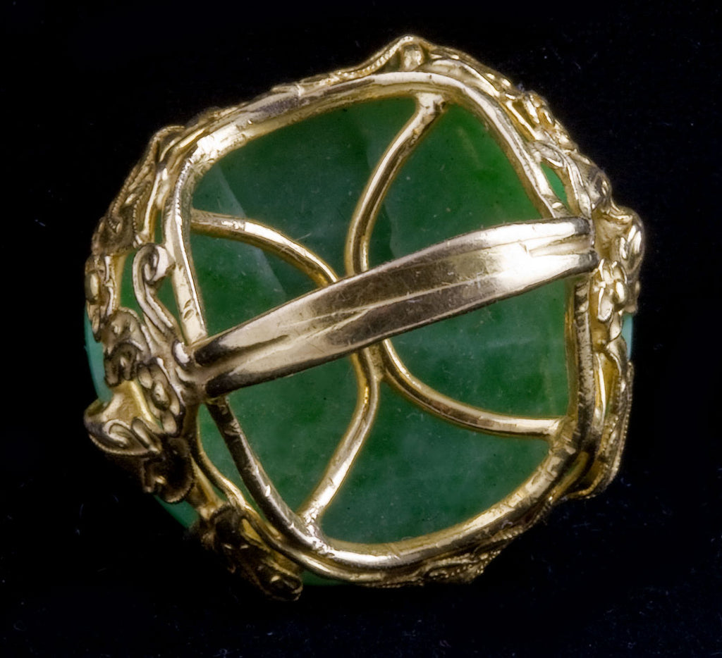 An oriental fantasy of natural green jadeite jade and 22k yellow gold size 7.5. rgja111(e)