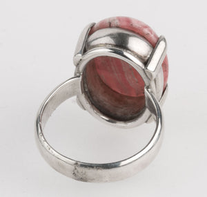 Modernist Artisan prong set natural rhodochrosite and sterling silver ring. Size 8. rgvs172cse